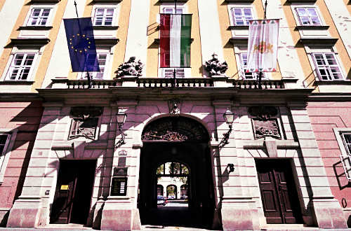 Budapest-Fovaros-Fopolgarmesteri-Hivatal