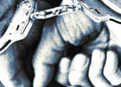 Korrupcióval gyanúsítanak három rendőrt