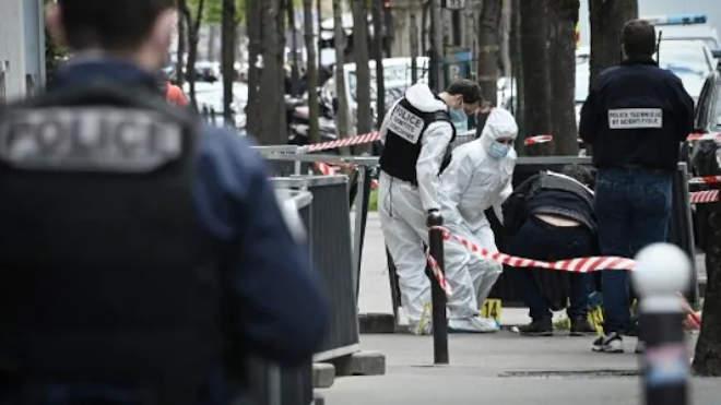 Párizs rendőr helyszínel
