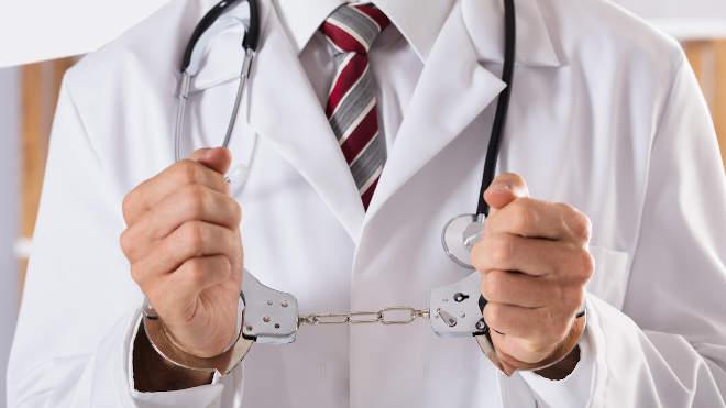 orvos, bilincs