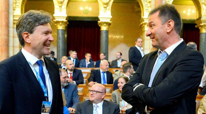 Jakab Roland, Kaszás Zoltán