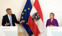 Karl Nehammer belügyminisztert és Susanne Raab integrációs miniszter