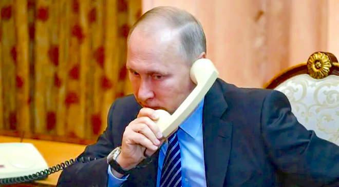 Vlagyimir Putyin telefonal