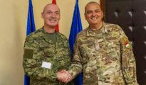 Denis Tretinjak horvát vezérőrnagy és Korom Ferenc, a Magyar Honvédség parancsnoka