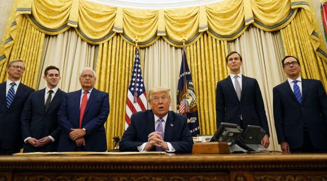 Trump és csapata