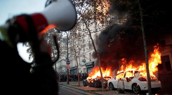 Párizs, tüntetés