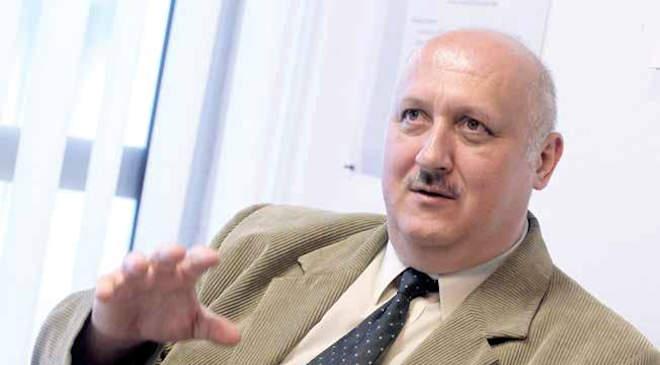 Kovács Sándor rendőr ezredes, a Nemzeti Közszolgálati Egyetem Rendészettudományi Kara Magánbiztonsági és Önkormányzati Rendészeti Tanszékének mesteroktatója