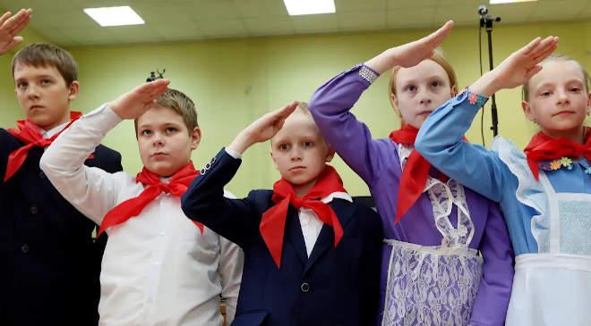 orosz iskolások
