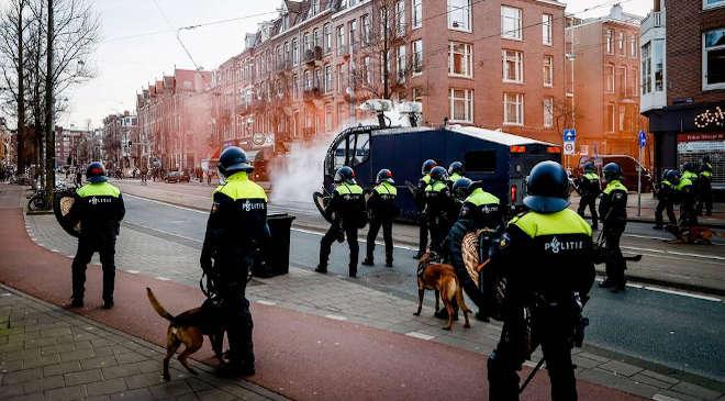 Amszterdam, tüntetés