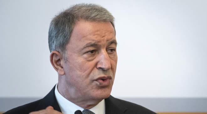Hulusi Akar török védelmi miniszter