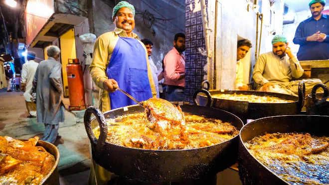 pakisztáni szakács