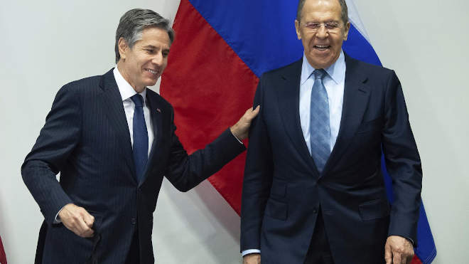 Antony Blinken amerikai és Szergej Lavrov orosz külügyminiszter